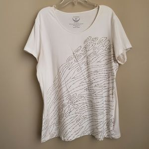 Chico's Zenergy White Top With Metallic Detail